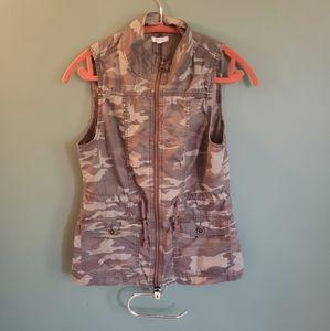 Maurice's camo print vest